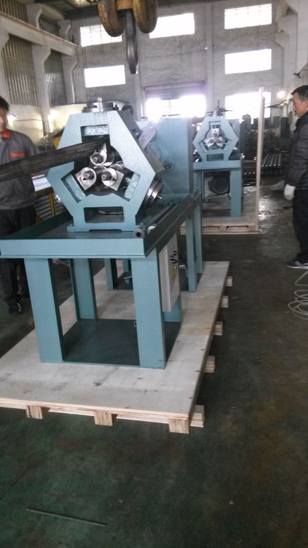 Serrated / Extruded Fin Tube Machine , Carbon Steel Fin Tube Manufacturing Machine